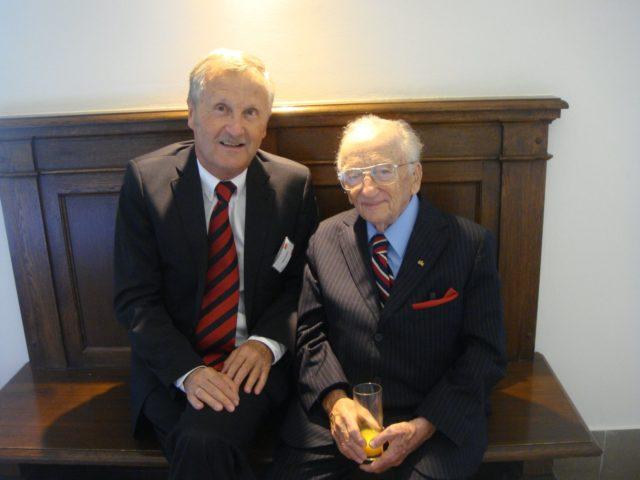 Benjamin Ferencz, Chefankläger in einem der Nürnberger Nachfolgeprozesse, zusammen mit Klaus Schüler