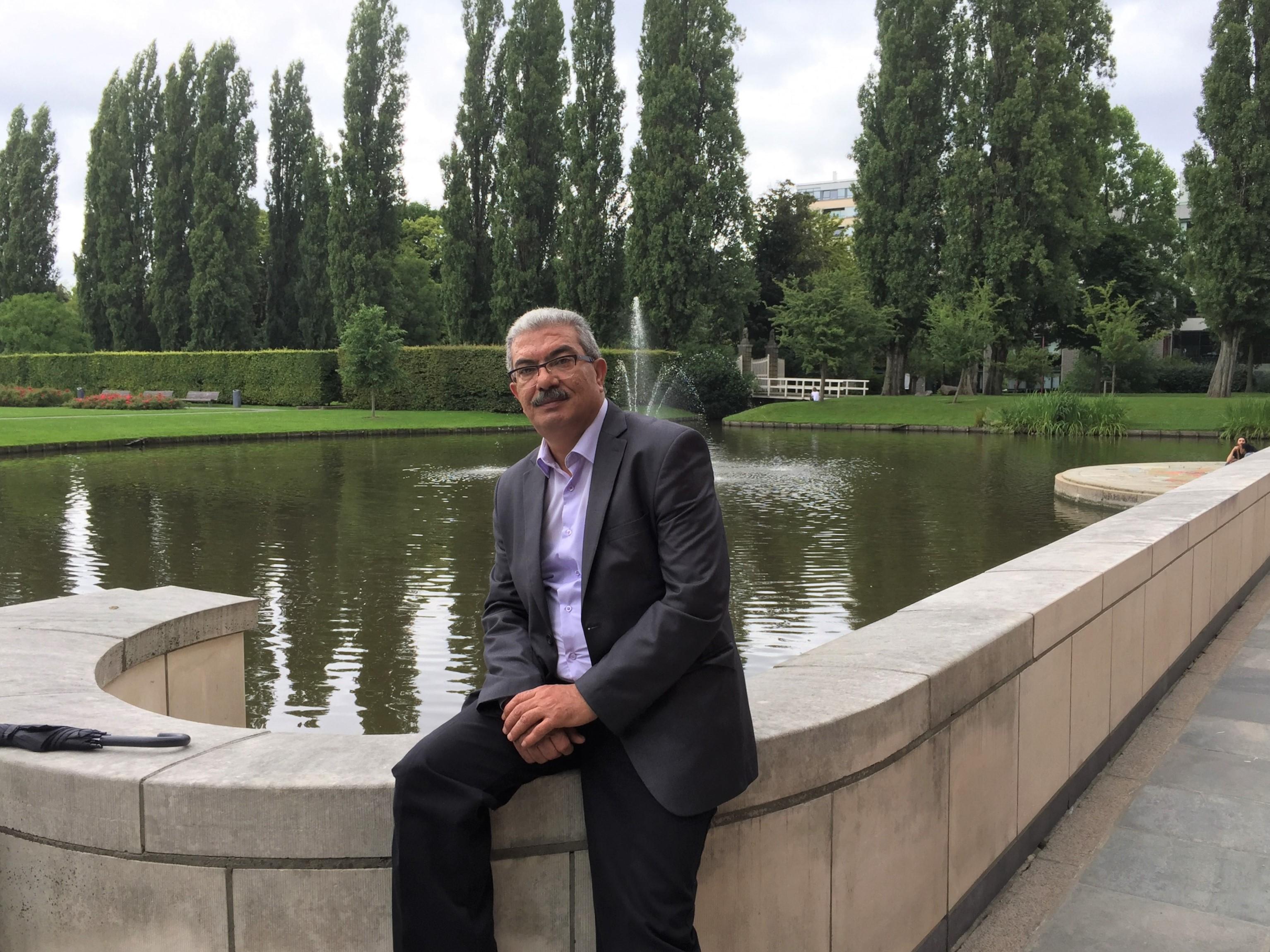 Abgebildet: Der palästinensische Menschenrechtler Iyad Haddad in Den Haag